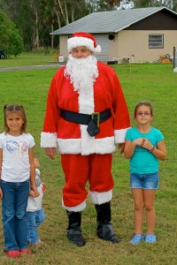 Even Santa finds time to volunteer!